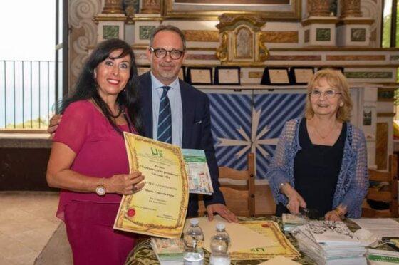 """Menzione d'onore e Vittoria del Premio """"Scrivere,che passione!"""""""